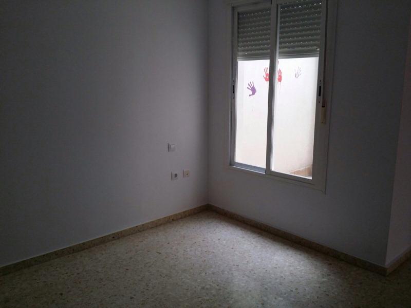 Piso en venta en Jerez de la Frontera, Cádiz, Calle Benito Perez Galdos, 79.000 €, 2 habitaciones, 1 baño, 73 m2