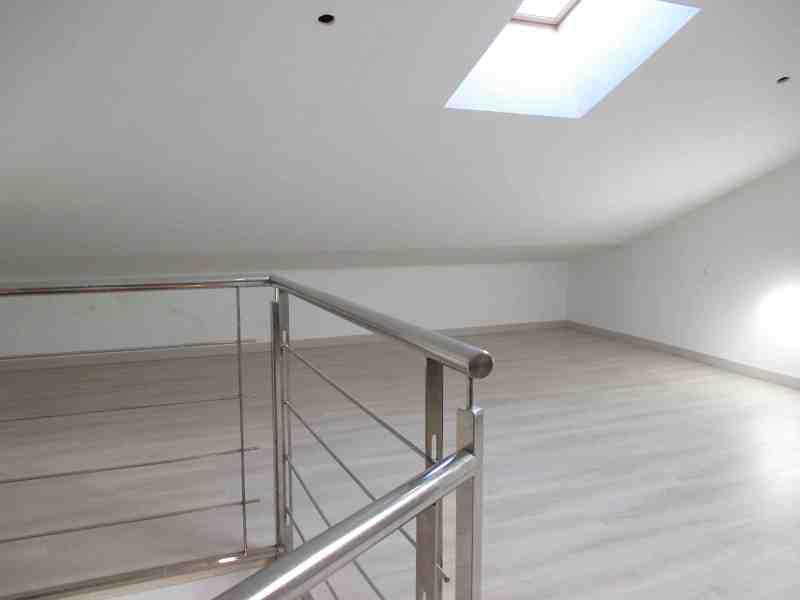 Casa en venta en Zaragoza, Zaragoza, Calle Avelina Tovar Y Andrade, 267.000 €, 5 habitaciones, 2 baños, 230 m2