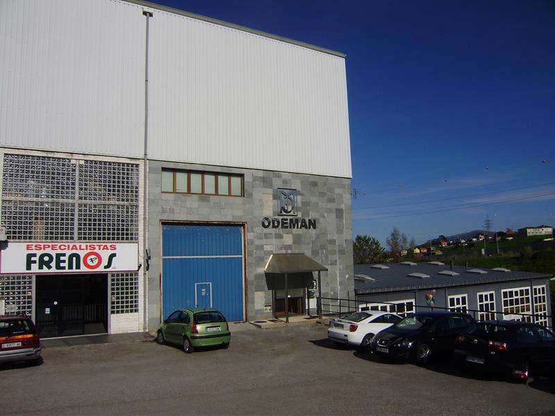 Industrial en venta en Camargo, Cantabria, Calle Polígono Elegarcu, 238.000 €, 398 m2