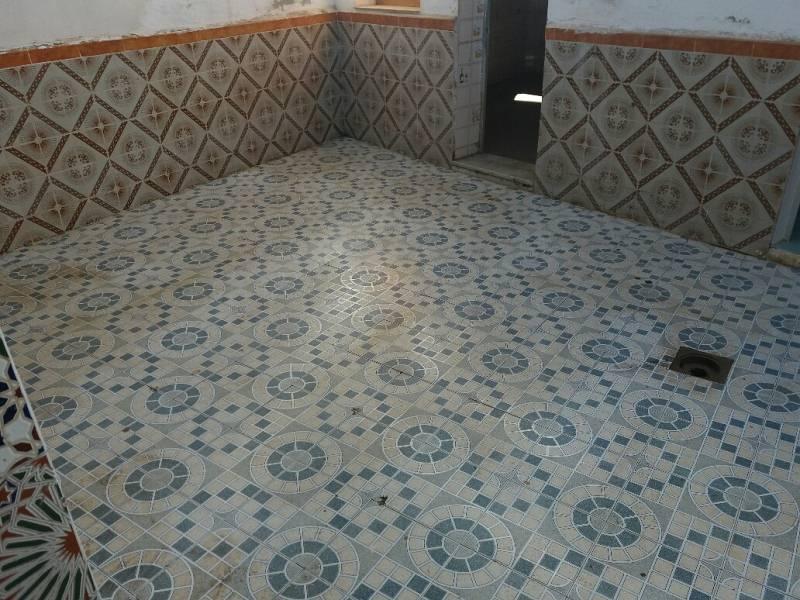 Piso en venta en Vélez-málaga, Málaga, Calle San Gabriel, 63.000 €, 3 habitaciones, 1 baño, 125 m2