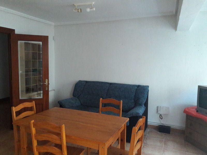 Piso en venta en Medina de Pomar, Burgos, Calle Algorta, 36.500 €, 3 habitaciones, 1 baño, 83 m2