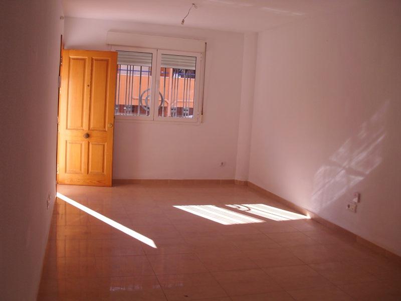 Piso en venta en Vera, Almería, Calle Ing. José Moreno Jorge, 65.000 €, 2 habitaciones, 1 baño, 74 m2