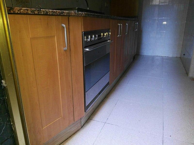 Piso en venta en Alicante/alacant, Alicante, Calle Granada, 28.000 €, 2 habitaciones, 1 baño, 79 m2