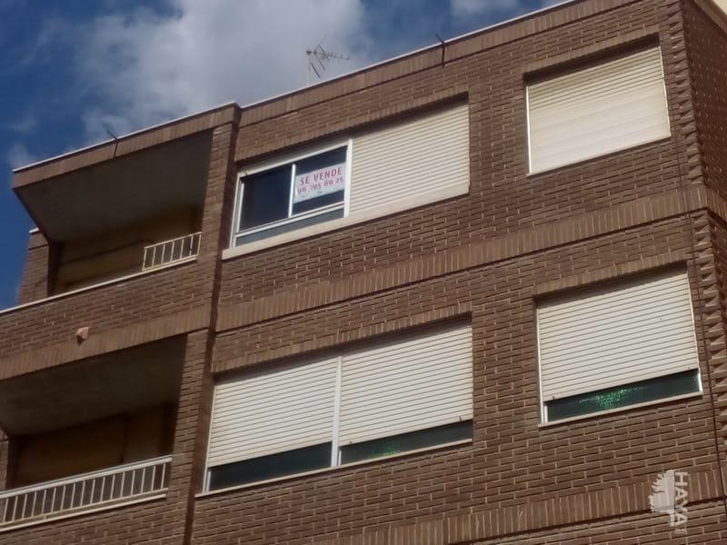 Piso en venta en Novelda, Alicante, Calle Capellan Margall, 64.600 €, 3 habitaciones, 1 baño, 141 m2