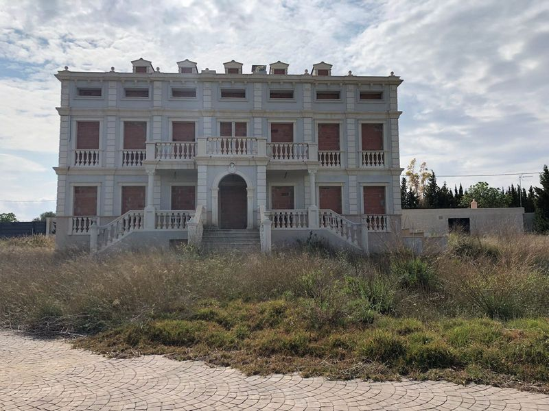 Casa en venta en Sant Jordi/san Jorge, Castellón, Calle S/n, 650.000 €, 11 habitaciones, 13 baños, 849 m2