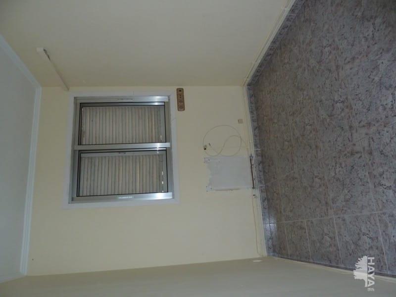 Piso en venta en Rambla de Ferran - Estació, Lleida, Lleida, Pasaje San Jeronimo, 77.340 €, 4 habitaciones, 2 baños, 108 m2