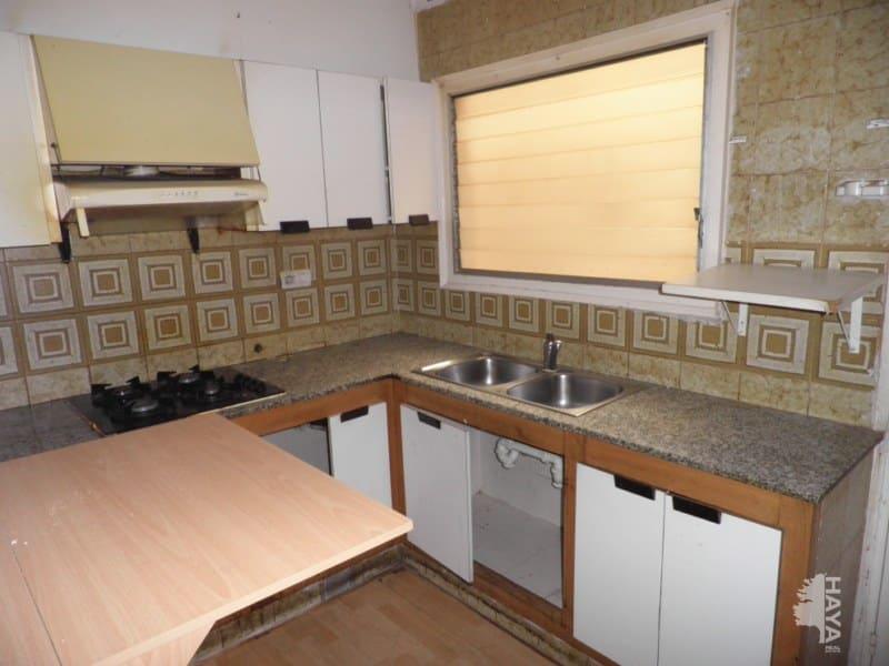 Piso en venta en Salt, Girona, Calle Ramon Sambola, 72.922 €, 3 habitaciones, 1 baño, 70 m2