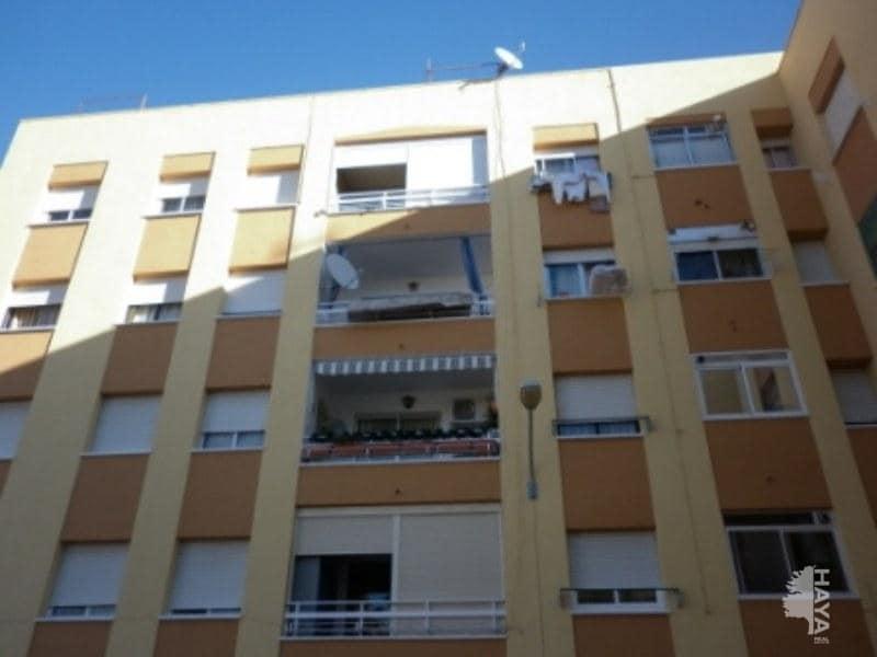 Piso en venta en Sant Carles de la Ràpita, Tarragona, Avenida Codonyol, 61.555 €, 4 habitaciones, 1 baño, 94 m2