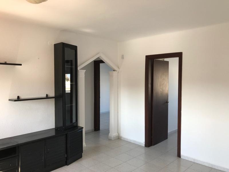 Piso en venta en Torreforta, Tarragona, Tarragona, Calle Prades, 45.000 €, 2 habitaciones, 1 baño, 63 m2