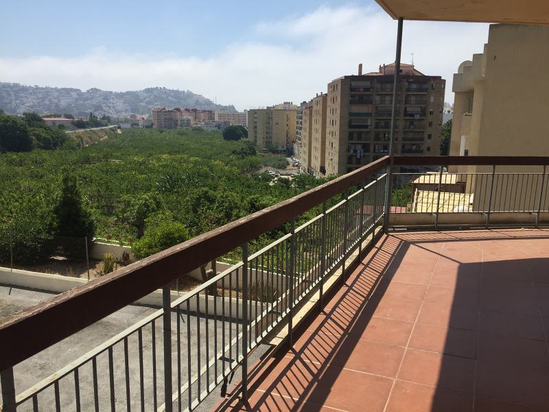 Piso en venta en Almuñécar, Granada, Avenida Costa del Sol, 103.000 €, 2 habitaciones, 1 baño, 78 m2