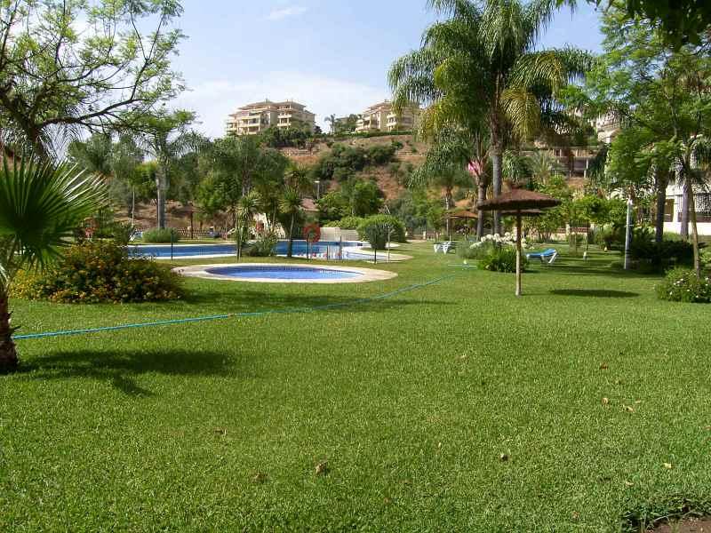 Piso en venta en Mijas, Málaga, Calle Mijas, 195.000 €, 2 habitaciones, 2 baños, 114 m2