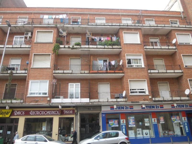 Piso en venta en Barrio de Santa Maria, Talavera de la Reina, Toledo, Calle del Muelle, 29.000 €, 4 habitaciones, 2 baños, 99 m2