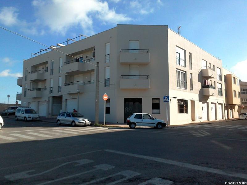 Piso en venta en Ciutadella de Menorca, Baleares, Calle Quintana de Mar, 112.200 €, 3 habitaciones, 2 baños, 104 m2