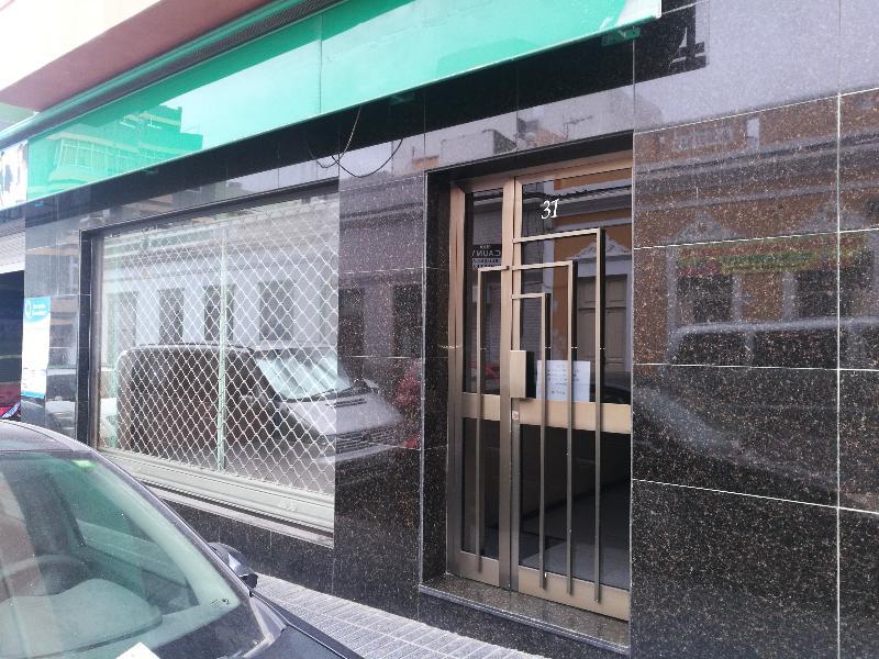Local en venta en Las Palmas de Gran Canaria, Las Palmas, Calle Benartemi, 149.000 €, 253 m2