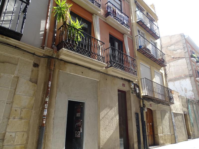 Local en venta en Logroño, La Rioja, Calle Caballerias, 97.000 €, 246 m2