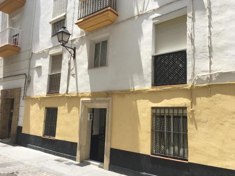 Piso en venta en Cádiz, Cádiz, Calle Cristo de la Misericordia, 84.900 €, 3 habitaciones, 1 baño, 77 m2