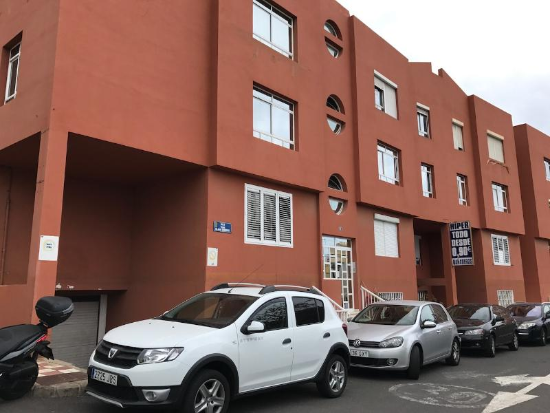 Piso en venta en Bañaderos, Arucas, Las Palmas, Calle Padre Hilario Dominguez, 102.500 €, 3 habitaciones, 2 baños, 78 m2