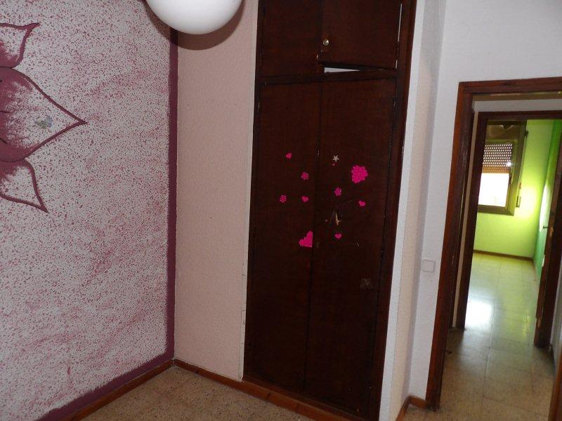 Piso en venta en Calonge, Girona, Avenida de la Unió, 57.000 €, 2 habitaciones, 1 baño, 62 m2