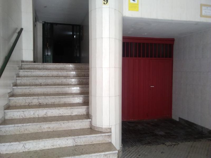 Piso en venta en Oviedo, Asturias, Calle Saturnino Fresno, 66.000 €, 2 habitaciones, 1 baño, 69 m2