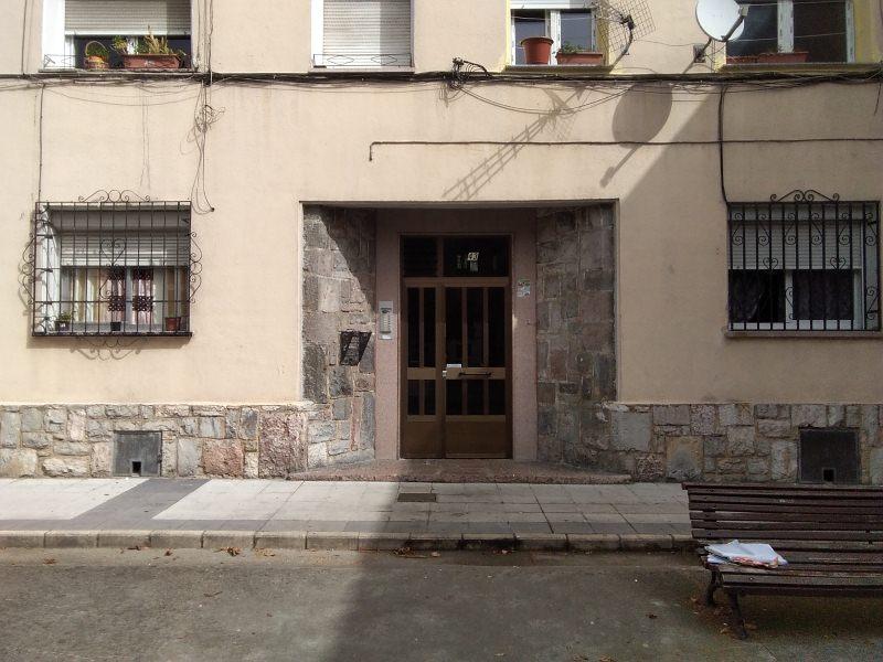 Piso en venta en Oviedo, Asturias, Calle Río Sella, 32.000 €, 3 habitaciones, 1 baño, 63 m2