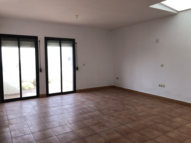Casa en venta en Villanueva de los Castillejos, Huelva, Calle Cirocho, 94.000 €, 4 habitaciones, 2 baños, 131 m2