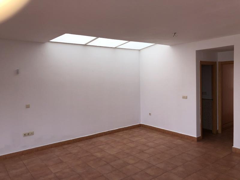 Casa en venta en Villanueva de los Castillejos, Villanueva de los Castillejos, Huelva, Calle Cirocho, 94.000 €, 4 habitaciones, 2 baños, 131 m2