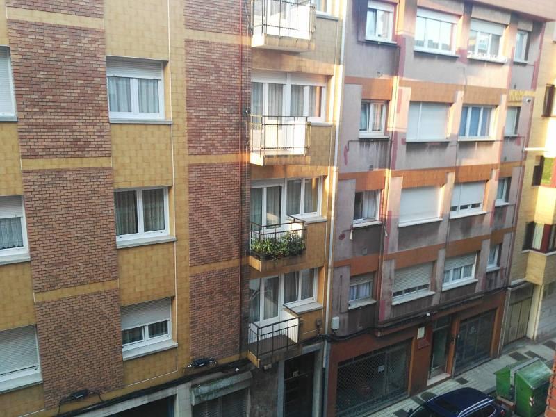 Piso en venta en Gijón, Asturias, Calle María Josefa, 80.000 €, 2 habitaciones, 1 baño, 96 m2