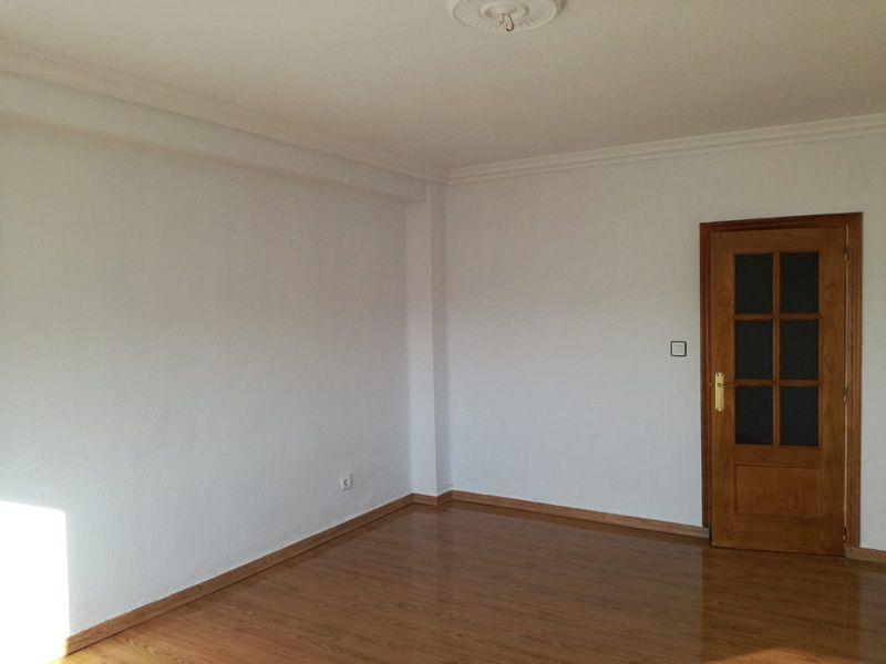 Piso en venta en Trujillo, Cáceres, Avenida Reina Maria Cristina, 56.000 €, 3 habitaciones, 2 baños, 129 m2
