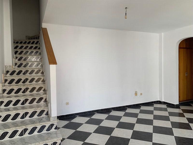 Piso en venta en Ayamonte, Huelva, Calle Benavente, 84.000 €, 2 habitaciones, 2 baños, 75 m2