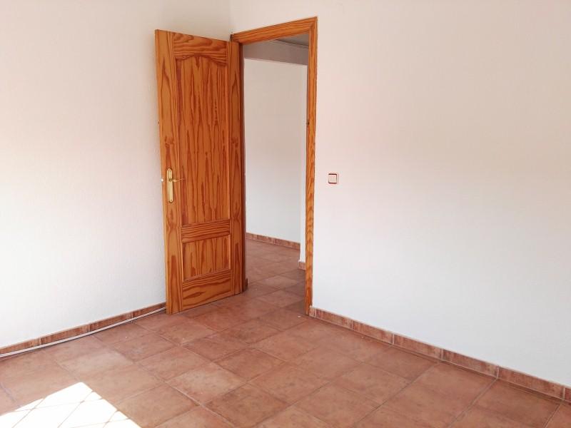Piso en venta en Piso en Jaén, Jaén, 62.000 €, 3 habitaciones, 1 baño, 80 m2