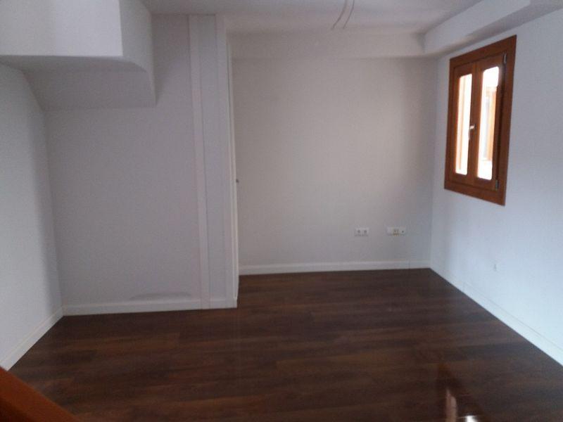 Piso en venta en Casarrubios del Monte, Toledo, Calle Barranco Valcaliente, 68.000 €, 2 habitaciones, 2 baños, 86,28 m2