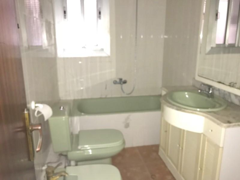 Piso en venta en Tarragona, Tarragona, Calle Lopez Pelaez, 92.000 €, 4 habitaciones, 1 baño, 81 m2