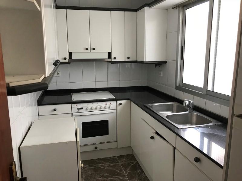 Piso en venta en Piso en Tarragona, Tarragona, 92.000 €, 4 habitaciones, 1 baño, 81 m2