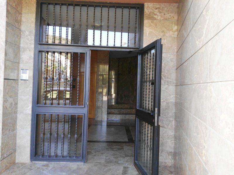 Piso en venta en Montserrat, Montserrat, Valencia, Calle Buscaita, 88.000 €, 3 habitaciones, 1 baño, 115 m2
