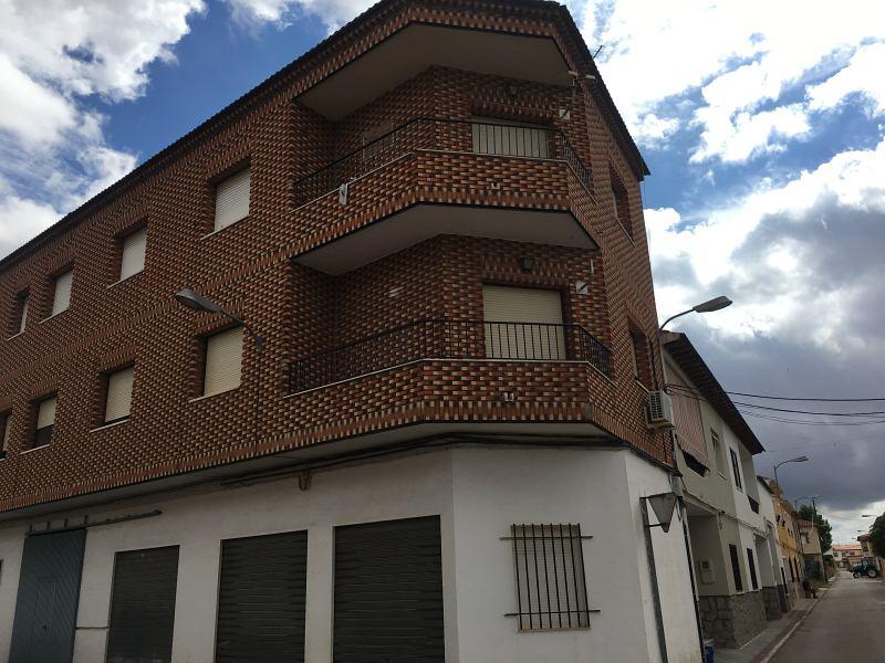 Piso en venta en Piso en Quintanar de la Orden, Toledo, 65.000 €, 3 habitaciones, 1 baño, 142 m2
