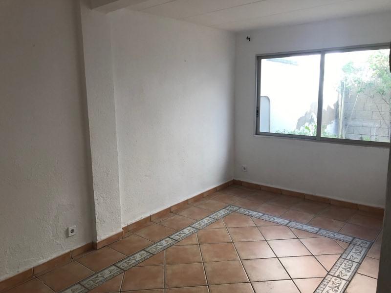 Casa en venta en Cal Bitxo, El Pla del Penedès, Barcelona, Calle Sant Jordi, 156.000 €, 5 habitaciones, 2 baños, 196 m2