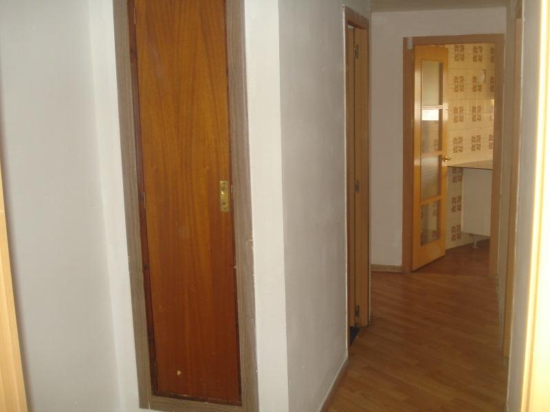 Piso en venta en Can Gibert del Pla, Girona, Girona, Calle Sant Sebastià, 98.000 €, 3 habitaciones, 1 baño, 99 m2