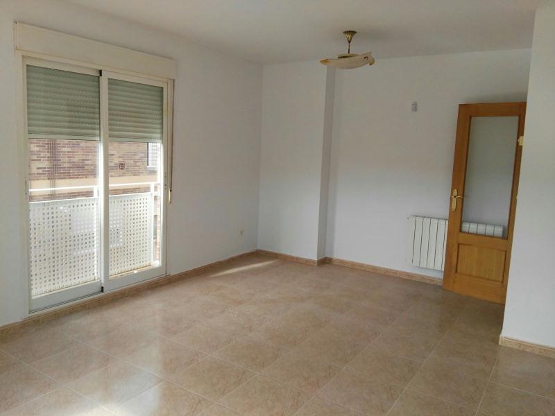 Piso en venta en Almansa, Albacete, Calle Fray Luis Ponce de León, 107.000 €, 3 habitaciones, 2 baños, 105 m2