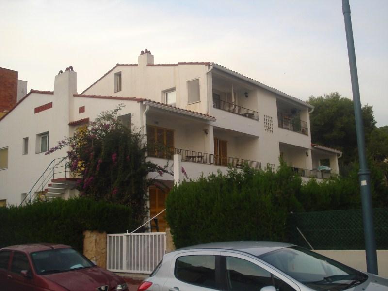 Piso en venta en Torre Ponça, Torroella de Montgrí, Girona, Calle Roca Maura, 108.000 €, 2 habitaciones, 1 baño, 71 m2