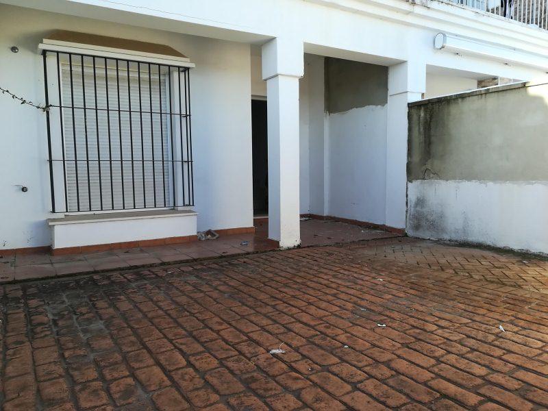 Casa en venta en Arcos de la Frontera, Cádiz, Calle San Fernando, 100.000 €, 4 habitaciones, 2 baños, 104 m2