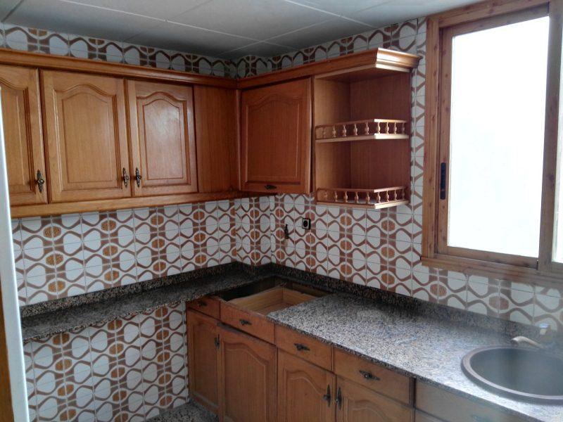 Piso en venta en Piso en Sax, Alicante, 31.000 €, 3 habitaciones, 1 baño, 102 m2