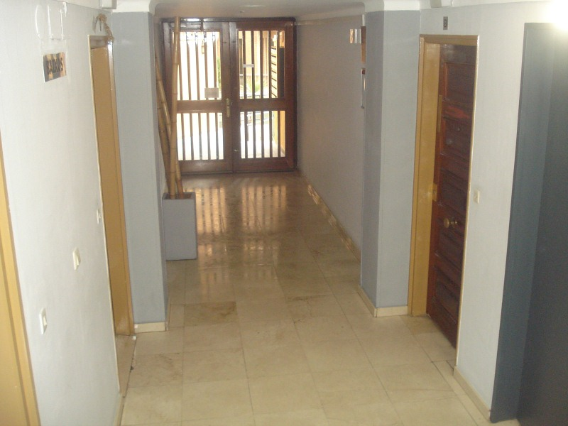 Piso en venta en Vilatenim, Figueres, Girona, Calle Elx, 126.000 €, 4 habitaciones, 2 baños, 107 m2