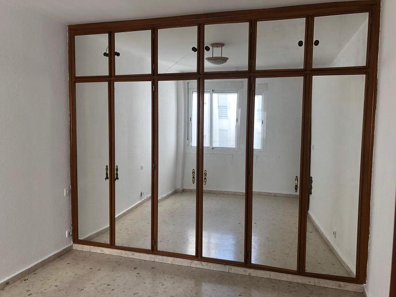 Piso en venta en Huelva, Huelva, Calle Cortegana, 109.000 €, 3 habitaciones, 2 baños, 122 m2