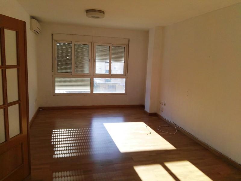 Piso en venta en Piso en Paterna, Valencia, 105.000 €, 2 habitaciones, 1 baño, 82 m2, Garaje