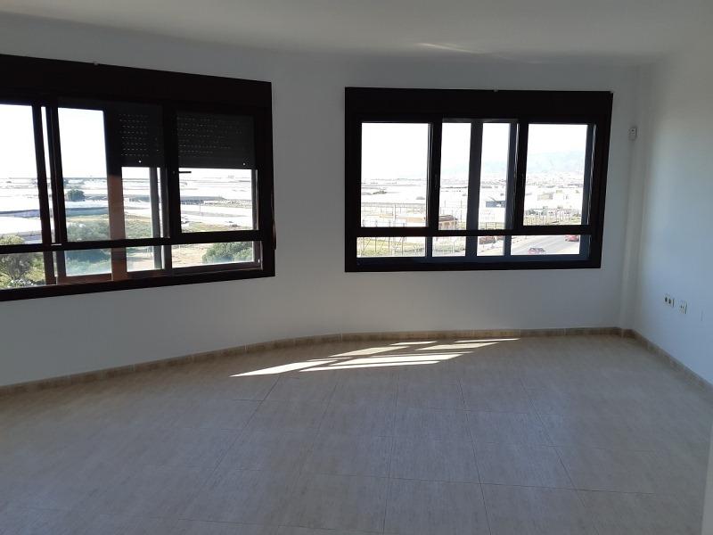 Piso en venta en Santa María del Águila, El Ejido, Almería, Avenida Buenos Aires, 60.000 €, 2 habitaciones, 1 baño, 82 m2