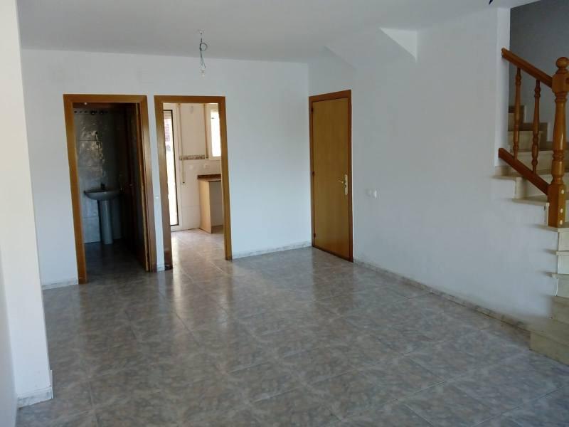 Casa en venta en Sant Miquel, Calafell, Tarragona, Calle Hongria, 166.000 €, 3 habitaciones, 1 baño, 127 m2