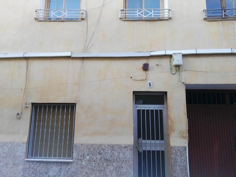 Casa en venta en Villena, Alicante, Calle Maestro Molto, 56.000 €, 4 habitaciones, 2 baños, 136 m2