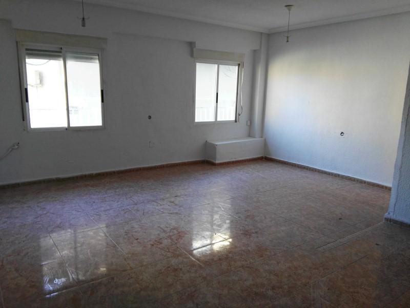 Piso en venta en Elda, Alicante, Calle la Cordilleras, 28.000 €, 2 habitaciones, 1 baño, 88 m2