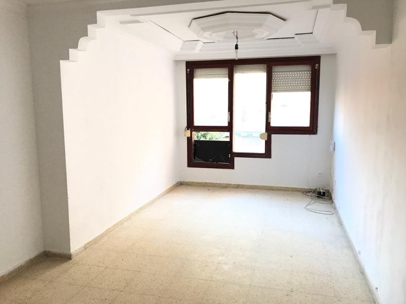 Piso en venta en Tarragona, Tarragona, Calle Riu Llobregat, 70.000 €, 4 habitaciones, 1 baño, 85 m2