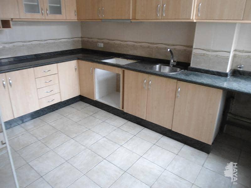 Piso en venta en Novelda, Alicante, Calle Tirant Lo Blanc, 52.100 €, 4 habitaciones, 1 baño, 114 m2